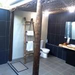 coconut beach fiji bathroom