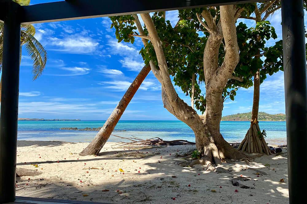 coconut-beach-resort-beach-step-out-on-beach