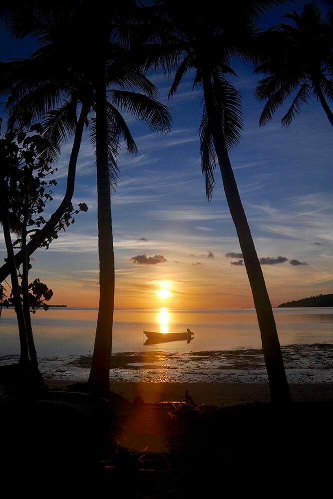 coconut-beach-resort-beach-sunset-boating
