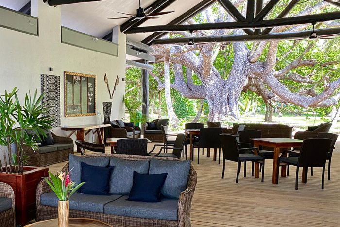 coconut-beach-resort-breakfast