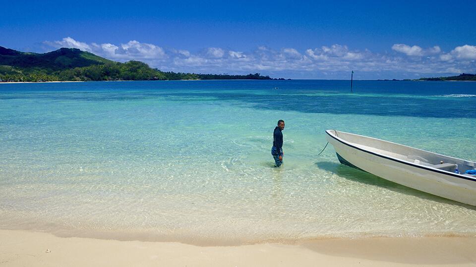 coconut-beach-resort-crystal-clear-water