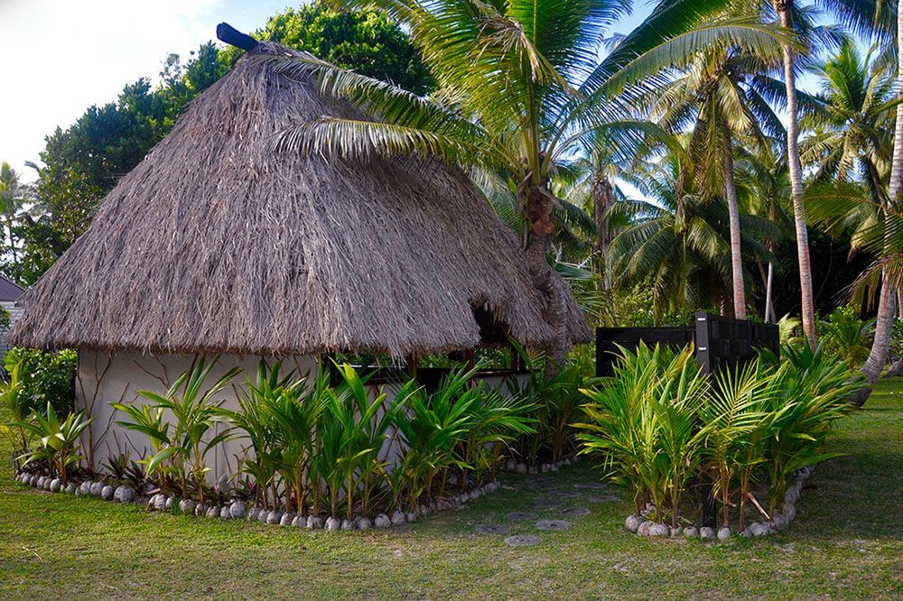 coconut-beach-resort-grounds-accomodation