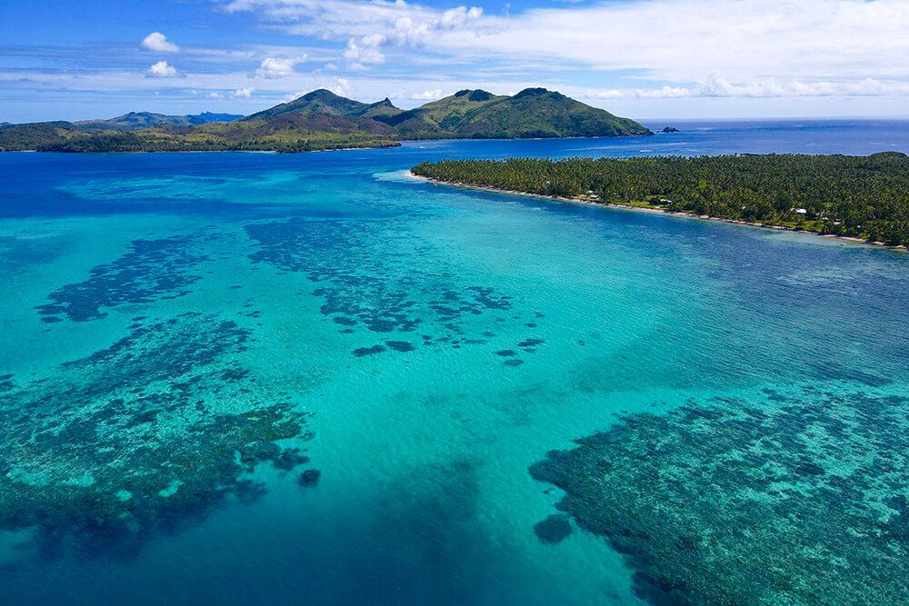 coconut-beach-resort-island-reefs