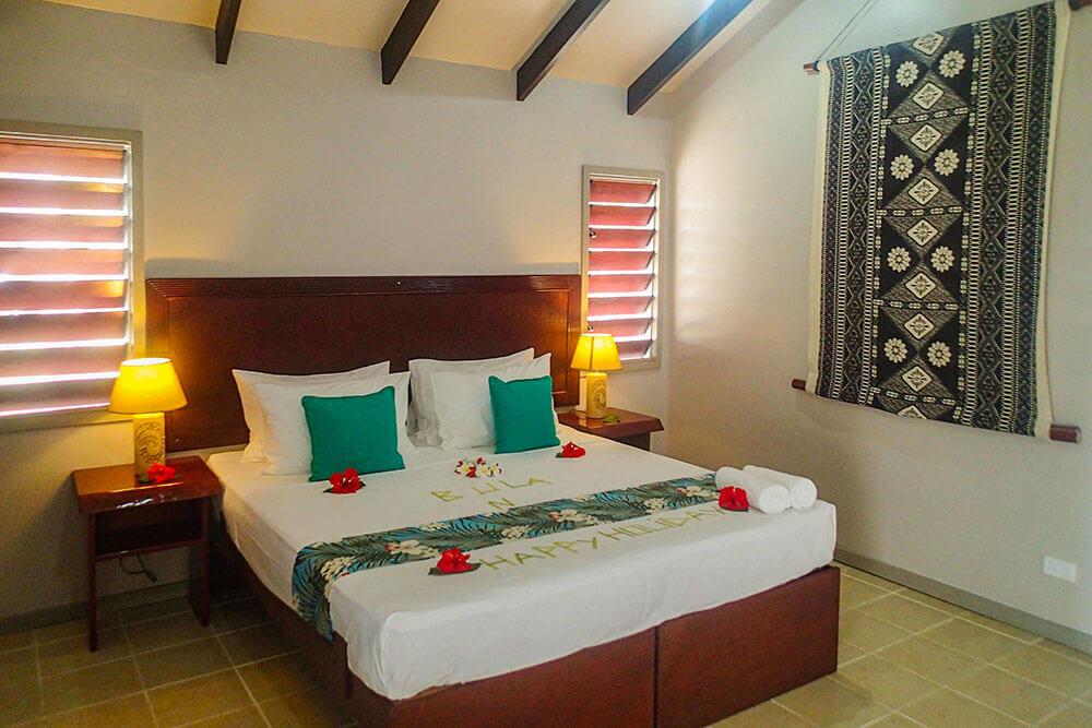 coconut-beach-resort-rooms-beachfront-accomodation