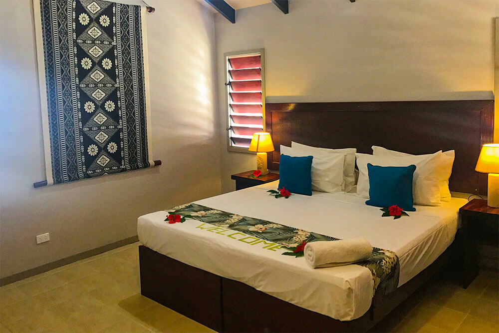 coconut-beach-resort-rooms-beachfront-bungalow
