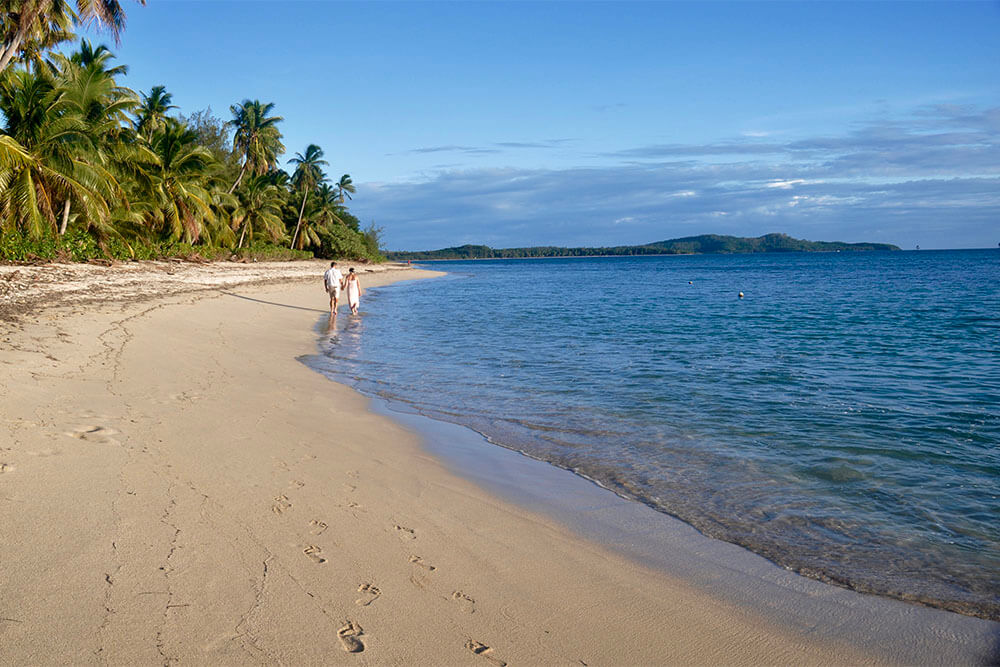 beach-walks-coconut-beach-resorts
