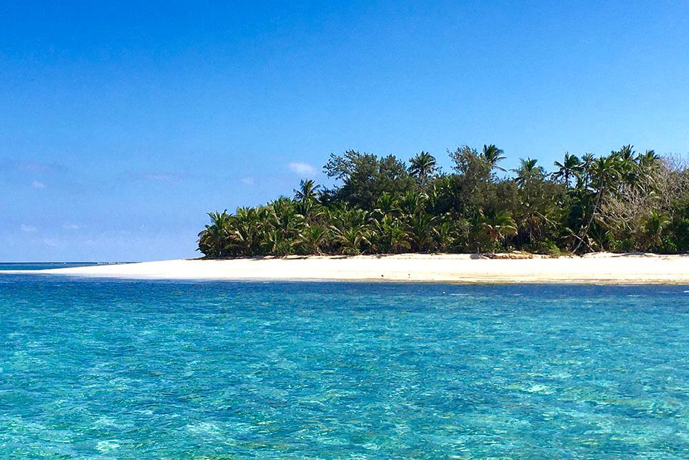 coconut-beach-resort-beach-clear-waters