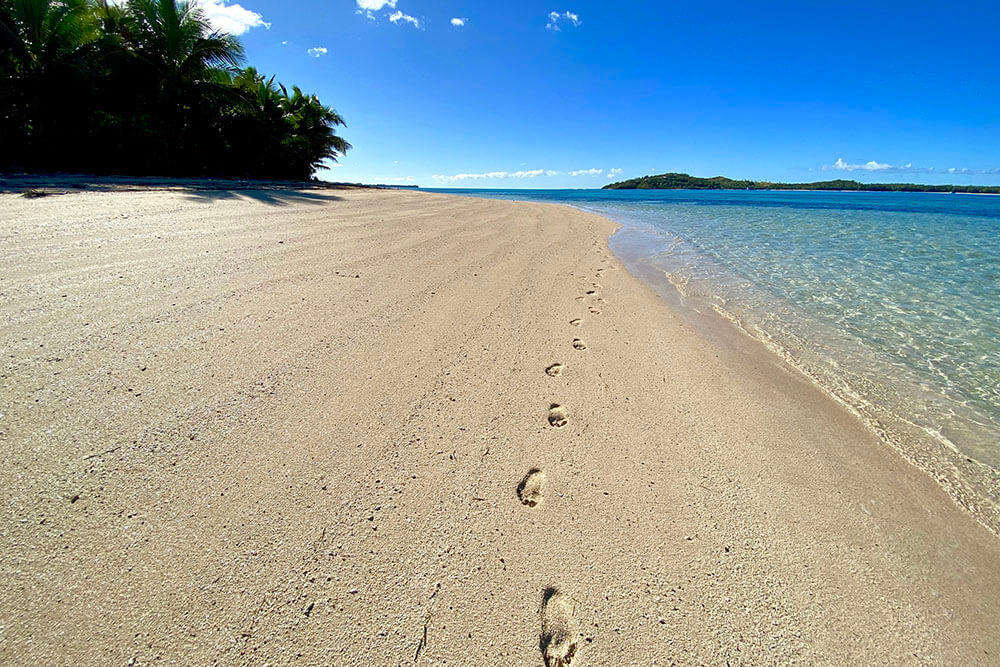 coconut-beach-resort-beach-the-only-one Fiji