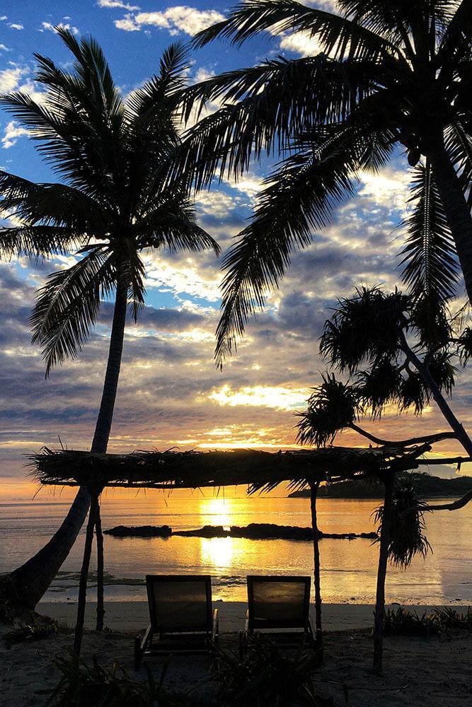 coconut-beach-resort-beach-watch-the-sunset Fiji