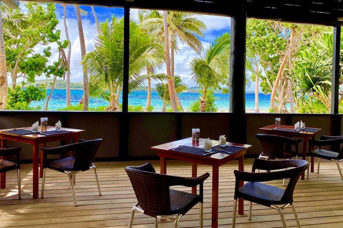 coconut-beach-resort-lunch
