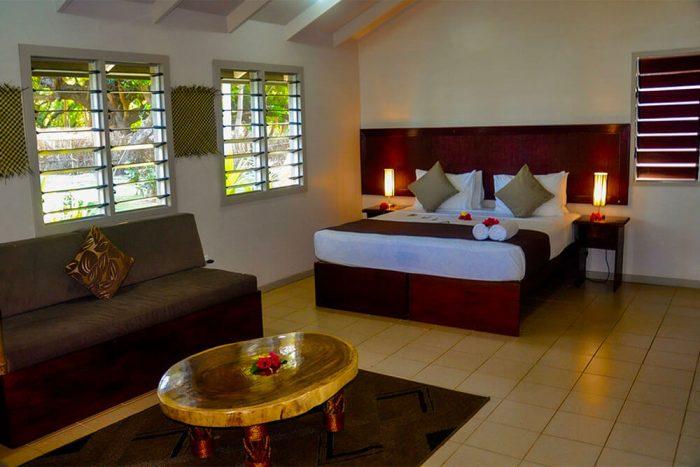 coconut-beach-resort-seaview-villa-room