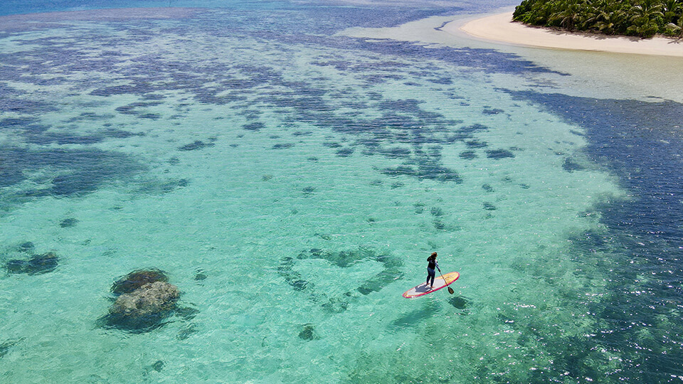 coconut-beach-resort-stand-up-paddleboard